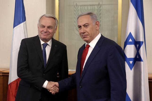 Netanyahu a dit à Jean-Marc Ayrault qu'il s'oppose encore à la conférence de paix